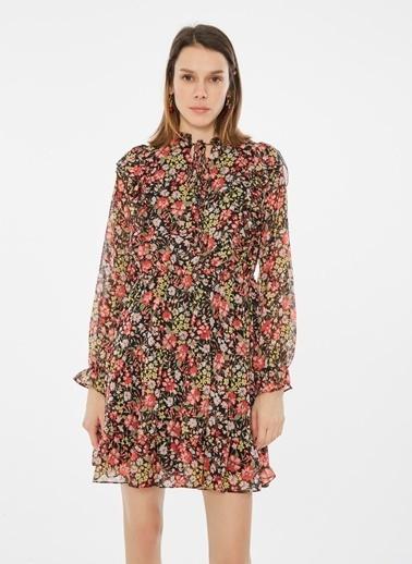Loves You Fırfır Detaylı Çiçek Desenli Şifon Elbise Siyah